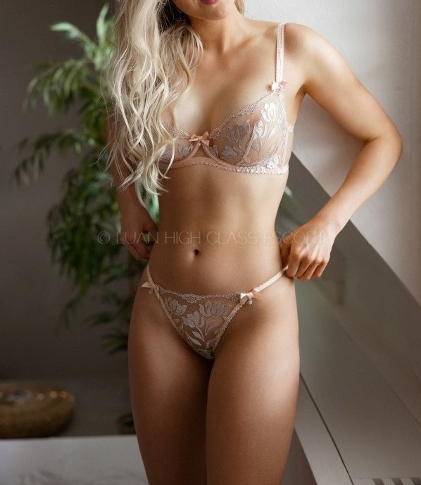 hot young student in sexy dessous