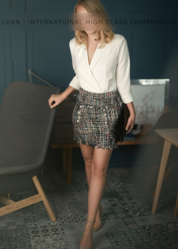 Charming Escortgirl in business outfit